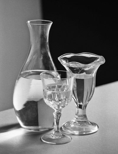 STILL LIVE WITH GLASSES I